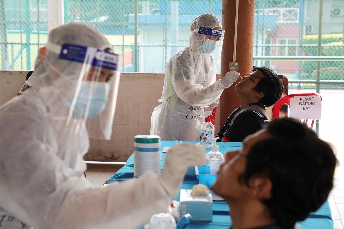 新冠肺炎:新增3744确诊 17死
